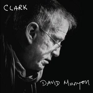"""Eccolo Di Nuovo: Uno Dei Tanti """"Figli Di Un Dio Minore"""". David Munyon – Clark"""