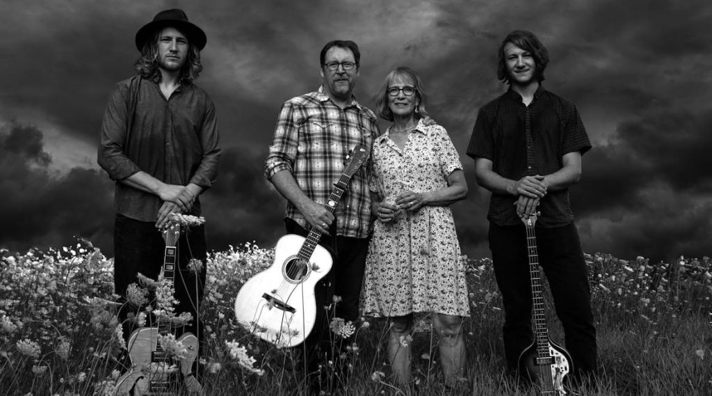 Tim-Grimm-and-The-Family-Band-1170x650