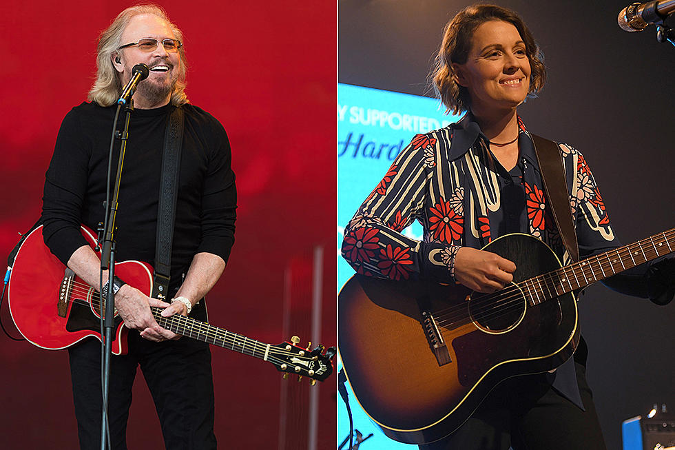 barry-gibb-run-to-me-featuring-brandi-carlile