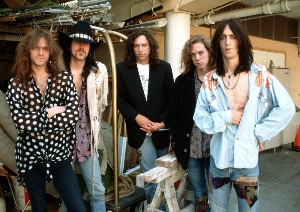 UNITED STATES - JANUARY 01: HOLLYWOOD Photo of BLACK CROWES, at the Sunset Marquis Hotel (Photo by Ian Dickson/Redferns)